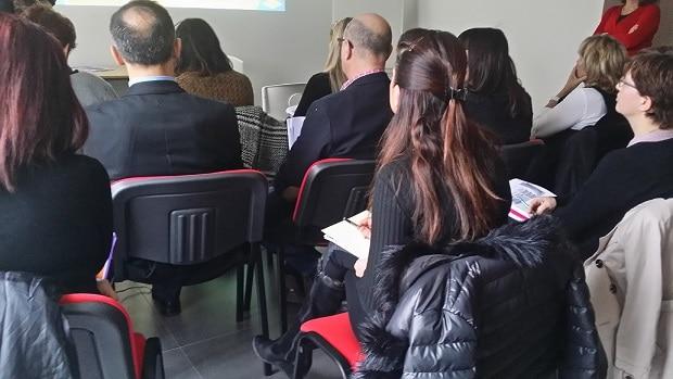 stagiaires assistant à une formation dans le cabinet d'i4 formation conseil à Avignon